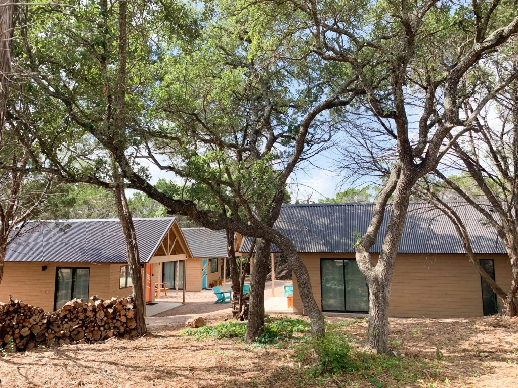 Dripping Spring TX Cabins