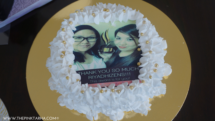 Dolce Cecilia: Chocolate cake, marshmallow icing and edible photo!
