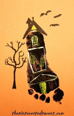 Foot print haunted house craft for Halloween