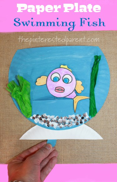 Paper Plate Swimming Fish with free printable - Interactive arts & crafts project for kids. fish bowl
