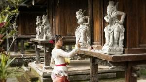 balinese ceremony bali indonesia