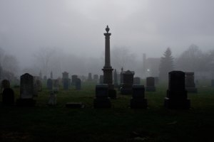 Spooky cemetery | © Unsplash