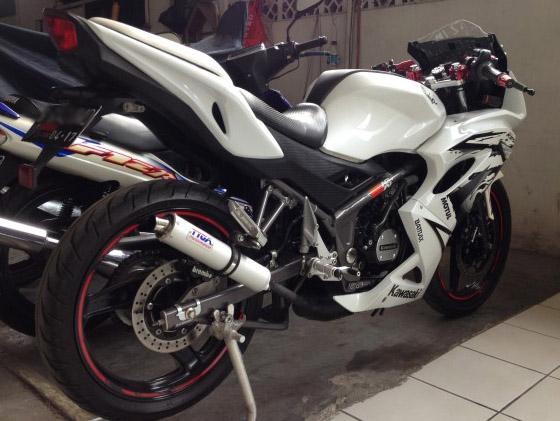 Kawasaki Ninja 150 RR dua tak modifikasi  MOTORBLITZ