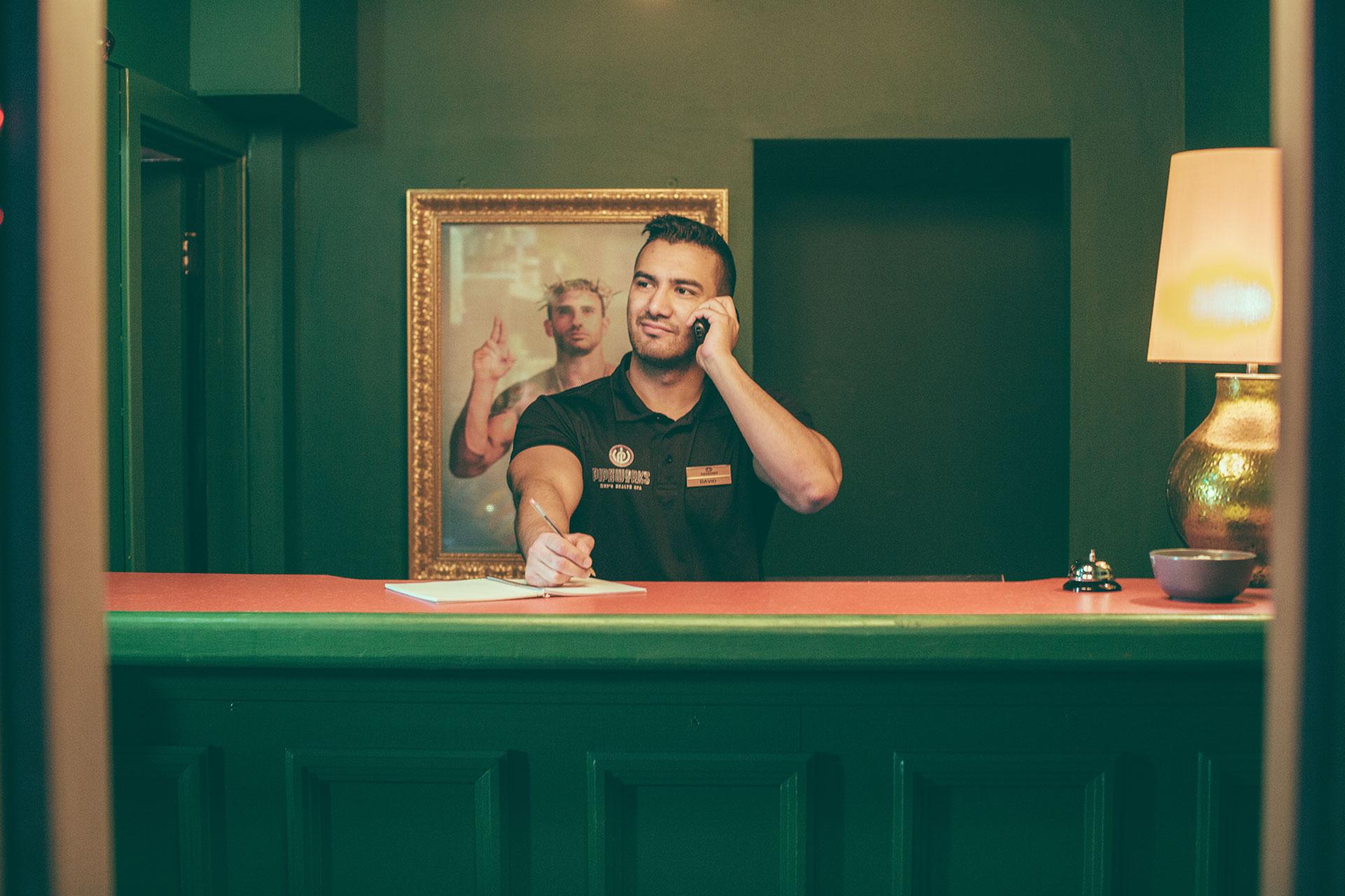 Gay Sauna Club Pipeworks Mens Health Spa Gay Sauna