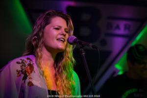 2019, Aug 23-Lauren Anderson-B Bar Omaha-Winsel Photography-11