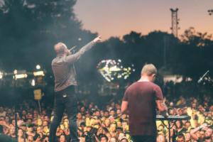 Pendleton Jason Riot Fest Day 3 Wonder Years-1-2