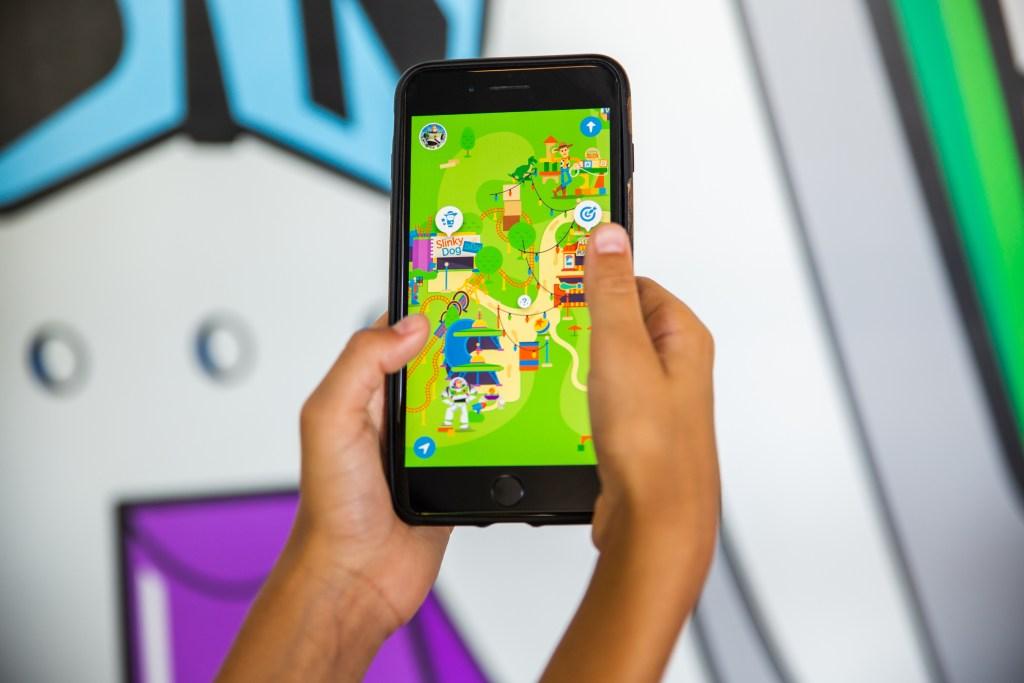 Play Disney Parks mobile app