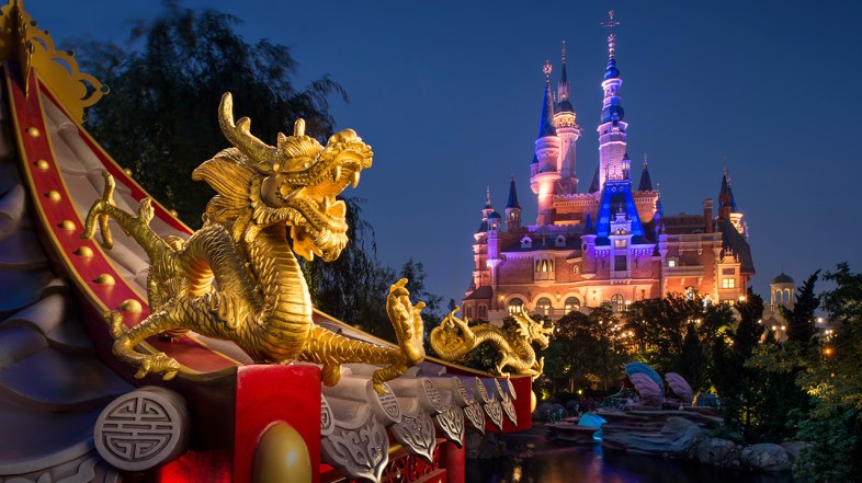 Temporary Closure of Shanghai Disneyland because of Coronavirus Outbreak