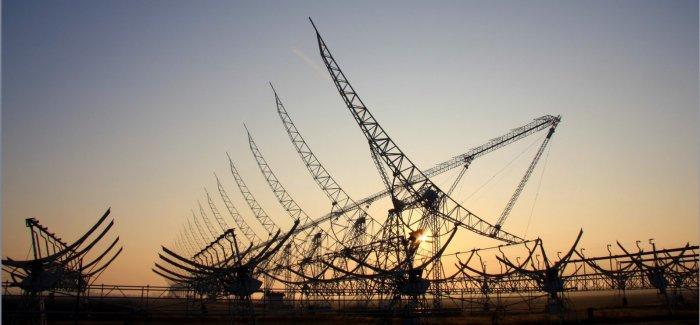 Photo by Yasmin Walter. Northern Cross radio telescope array..