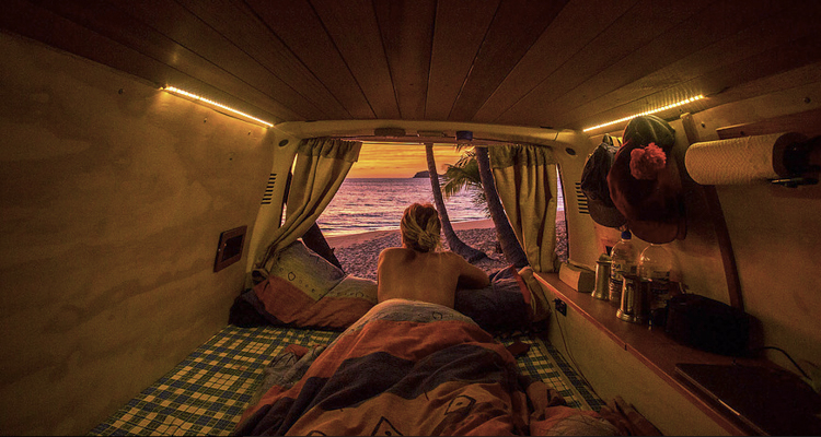 8 fascinating power vanlife couples see what happiness