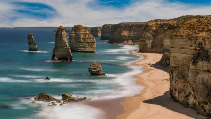 best places to visit in australia twelve apostles