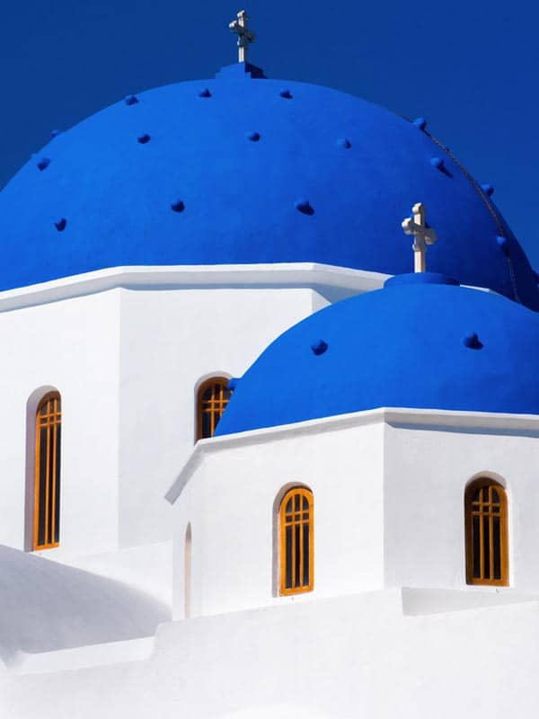 Sizzling Santorini: The Sexiest Stop in the Greek Isles