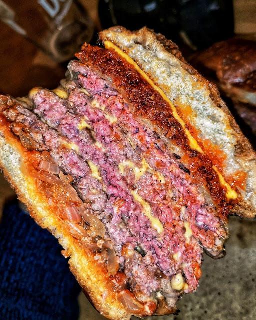 Hills double double burger Juan Hilario