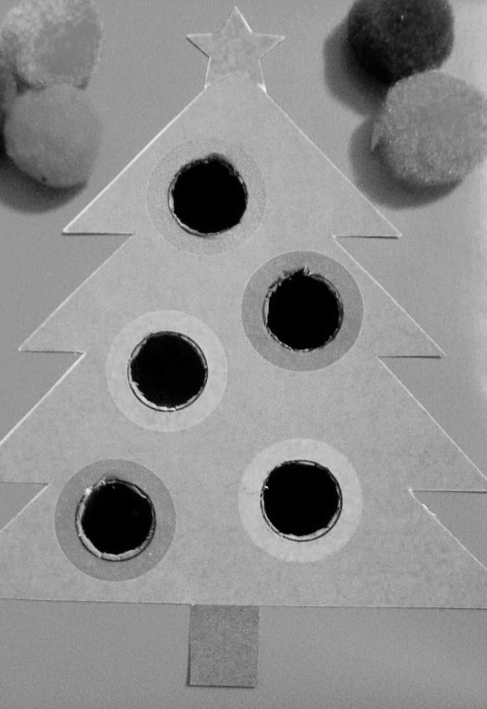 christmas-tree-pom-box-title