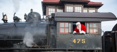 santa-on-train