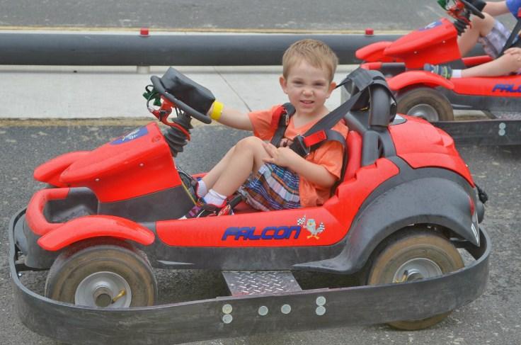 DL- LITTLE RACER.jpg