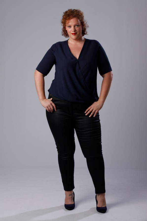 plus size outfit by Simply Be and wide fit shoes by New Look