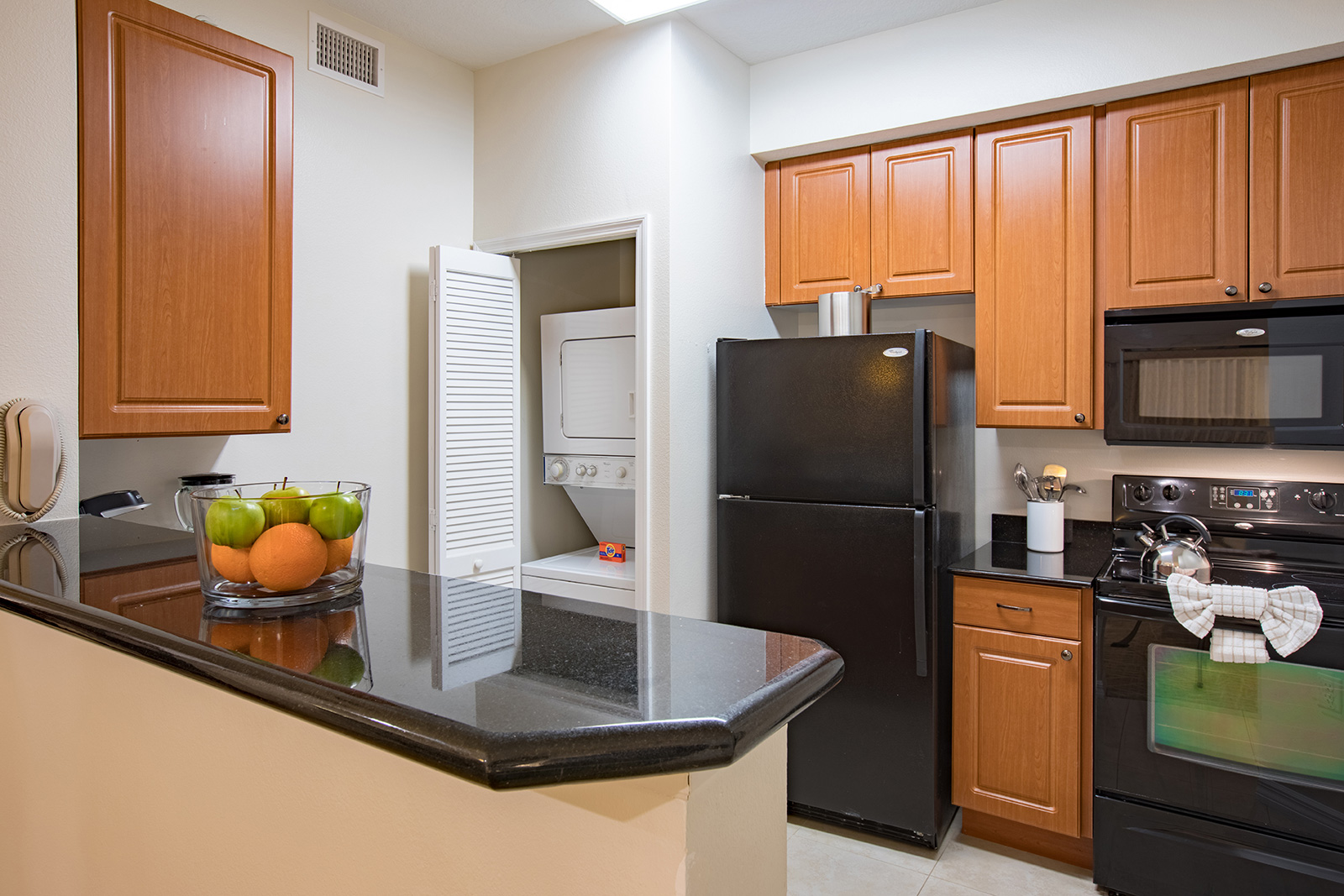 Kitchen Room Bedroom Orlando All Suite Hotels One And Two Bedroom Resort Suites In