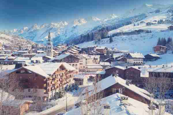 La Clusaz, located in the French Alps in Haute Savoie, is a beautiful little village and a famous winter sports resort.