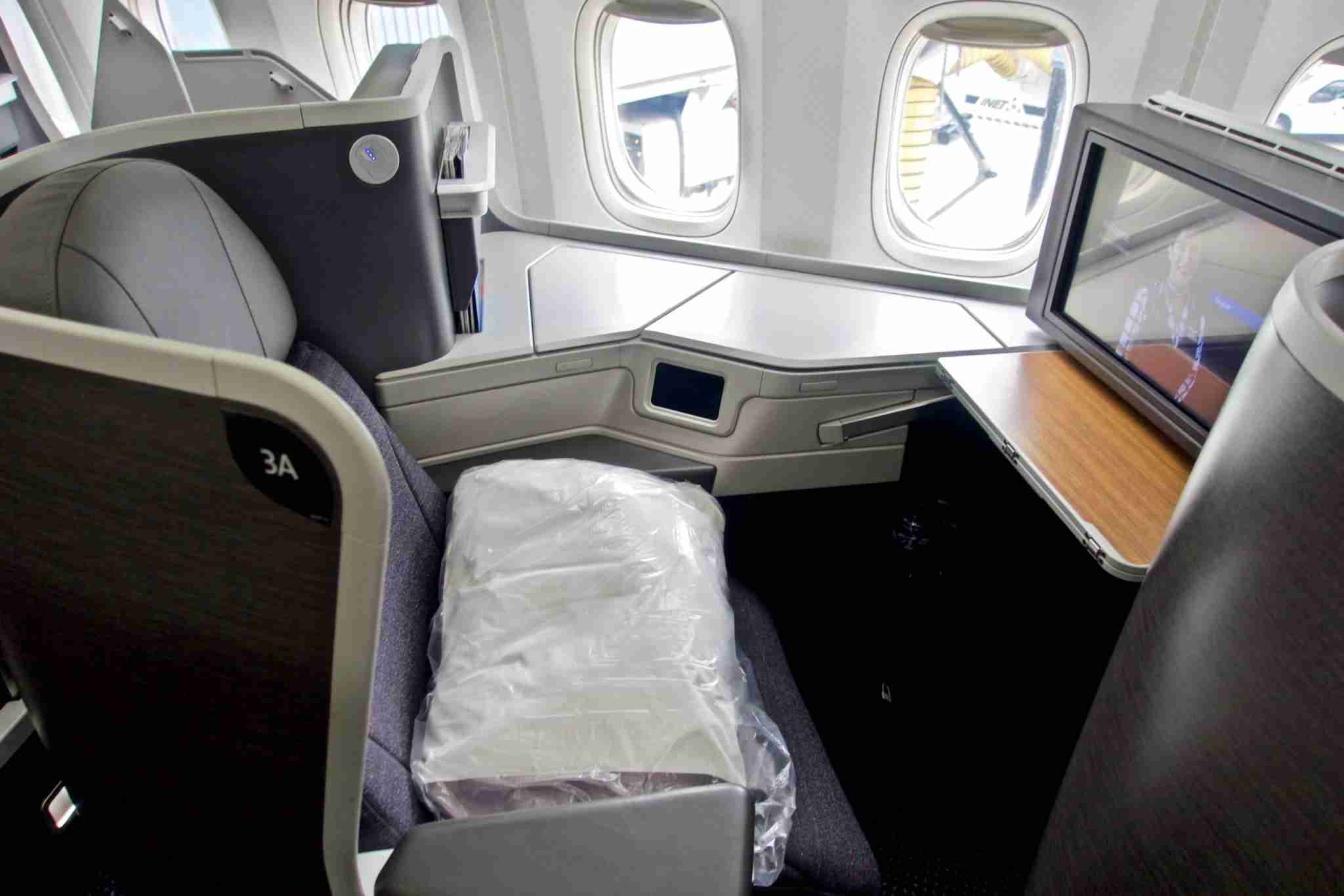 American Airlines business class on the B777-200. Photo by Christian Kramer / The Points Guy