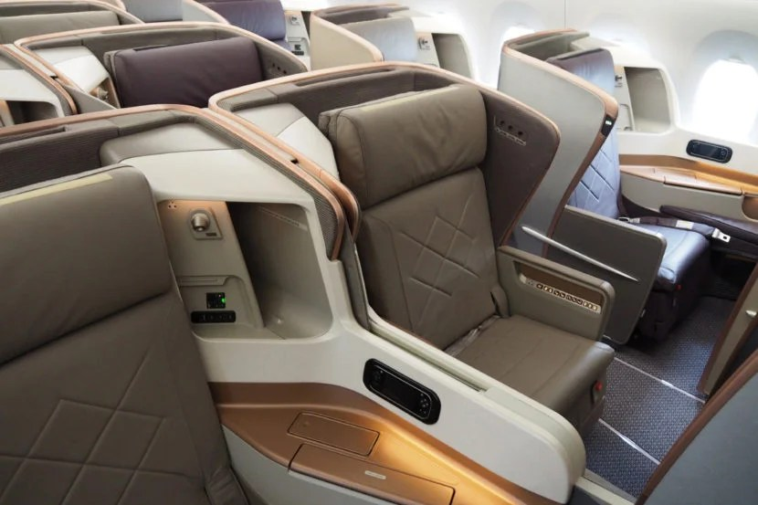 How to fly Singapore Airlines' business class for just £16 without leaving Europe