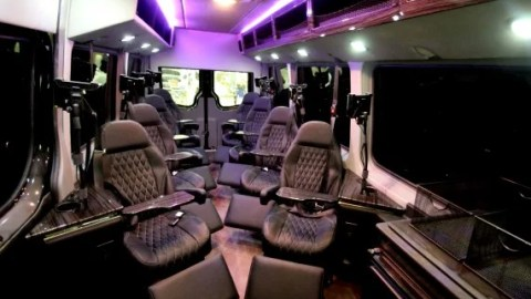 Royal Sprinter The Newest Contender On The Dc Nyc Travel Scene