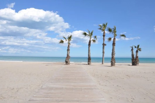 The beach in San Juan de Alicante