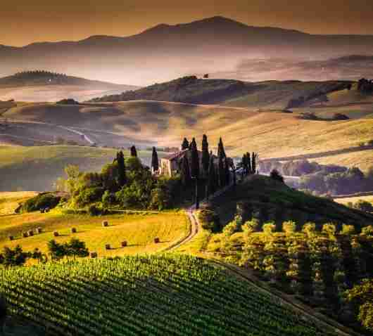 There is no substitute for the beautiful countryside of Italy. Image courtesy of Shutterstock.