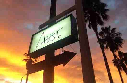 Trendy Aust. boutique on Abbot Kinney. Photo courtesy Aust.