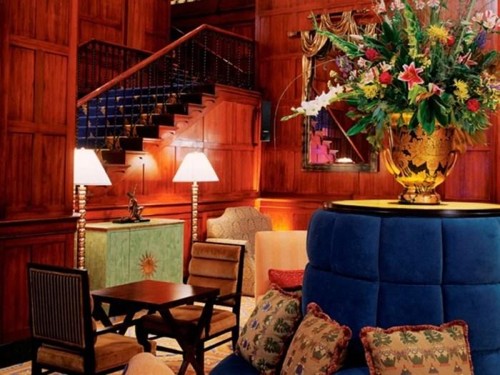 The Tea Court at Portland, Oregon's Heathman Hotel