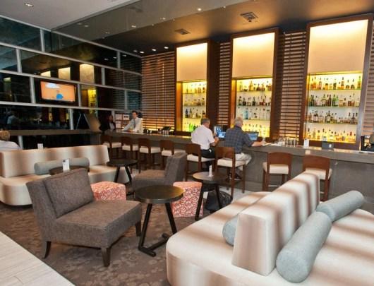 Dutch Lounge, the Sheraton Tribeca's lobby bar
