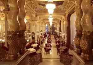 The grand lobby of the Boscolo Budapest