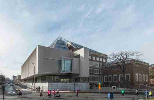 The Renzo Piano-designed Harvard Museum extension. Photo by Peter Vanderwarker.