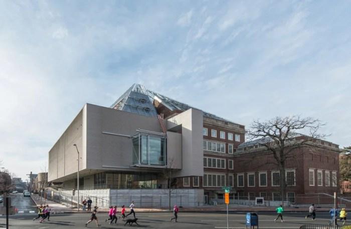 The Renzo Piano-designed Harvard Museum extension. Photo by Peter Vanderwarker.