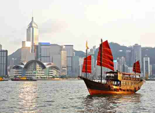 Get 50% off award redemptions between Hong Kong and Seoul on Cathay Pacific. Photo courtesy of Shutterstock.