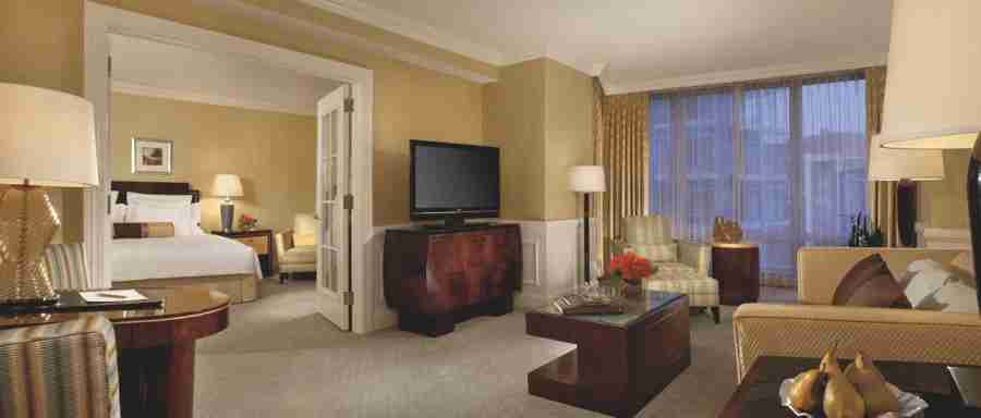 There are some simply ways for you to earn hotel elite status and enjoy benefits at properties like the Ritz-Carlton Washington.