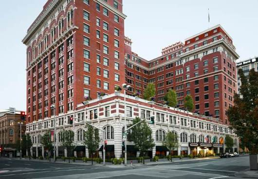 Redeem your free night at the Davenport, Autograph Collection, which is a Category 5 property.