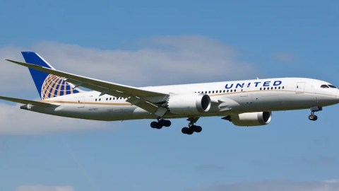 Comparing Domestic Business and First Class: United Airlines