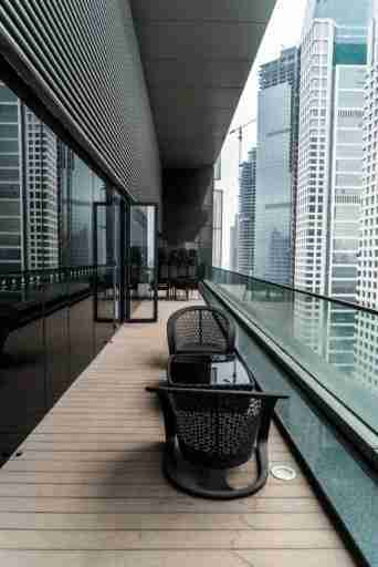 Although not super private, the balcony gave way to a stunning view of the urban jungle of Guangzhou.