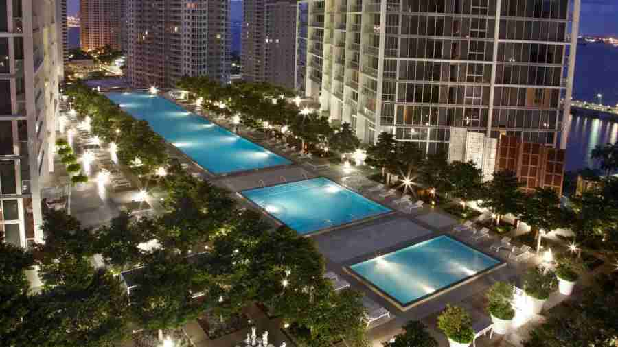 The pool at the Viceroy Miami