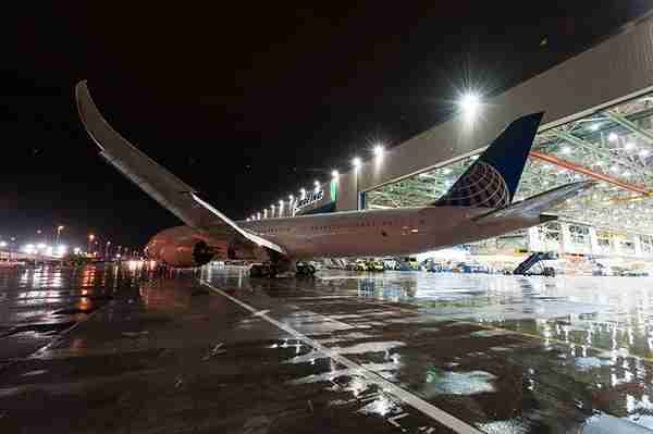 A United 787-9 Dreamliner.