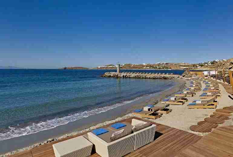 The beach at Santa Marina, an SPG Category 7 hotel. Photo courtesy of Starwood.