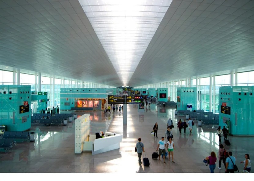 Barcelona-El Prat International Airport is a cool, modern hub — and the second-largest airport in Spain. Photo by Jeroen Bennink / Flickr.