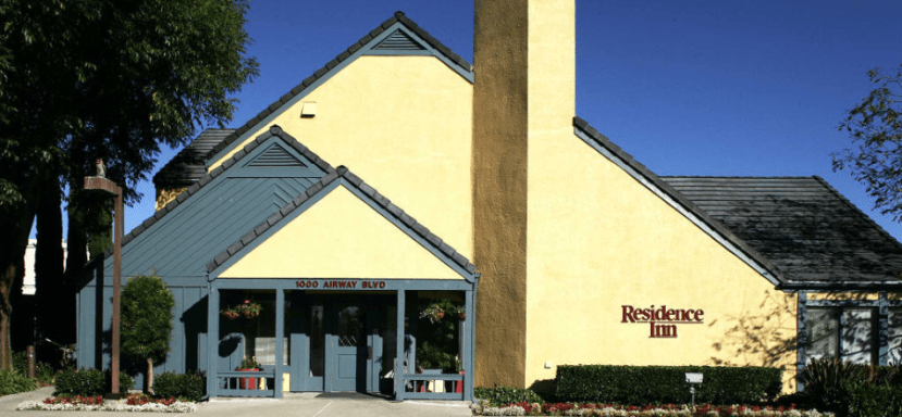 The unassuming exterior of the Residence Inn Livermore Pleasanton.