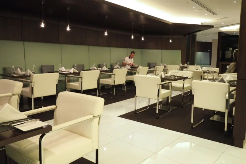 The dining room at Etihad's Sydney lounge.