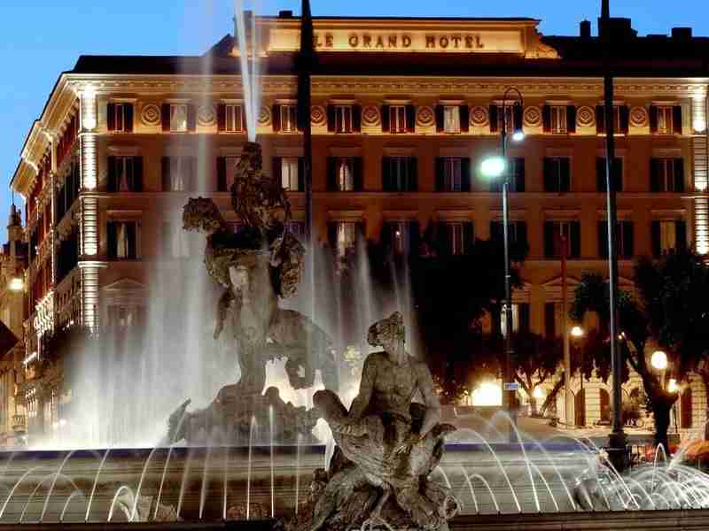 The St Regis Rome, with the  Fontana delle Naiadi in the foreground. Photo courtesy of the St. Regis Rome.