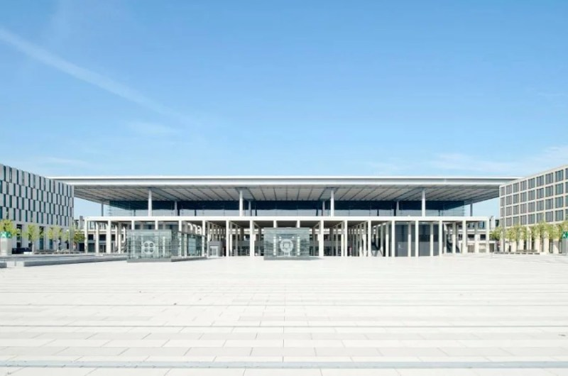 Berlin's new airport was originally slated to open in 2011! Alexander Obst, Marion Schmieding : Flughafen Berlin Brandenburg GmbH