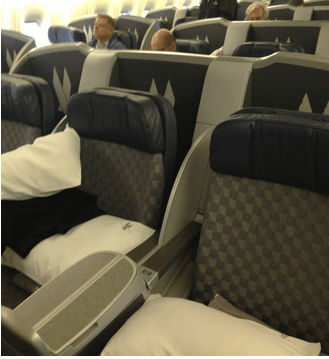 American 777-200 Business class in a 2x3x2 layout. Photo Courtesy of Points Summary.