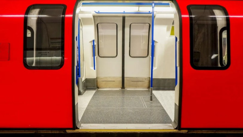 The London Underground and a flight are very, very different. Photo courtesy of Shutterstock.