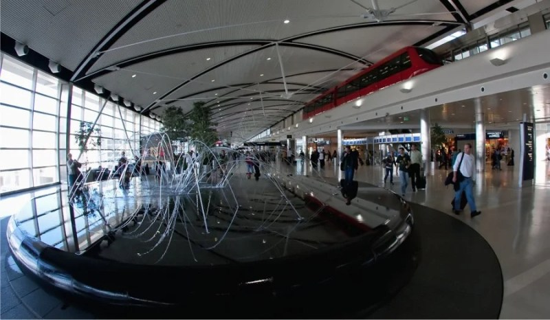"""The """"Water Feature"""" art installation is the cenetrpiece of DTW's McNamara Terminal. Photo courtesy of dtw.natca.org."""